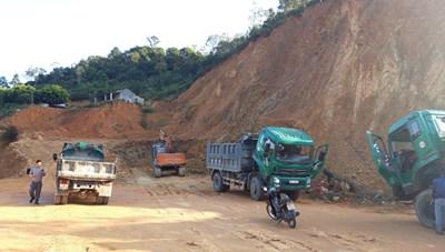 Chủ tịch UBND tỉnh Lạng Sơn chỉ đạo làm rõ tình trạng khai thác đất trái phép