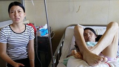 Con gái rao bán thân kiếm tiền chữa bệnh cho mẹ