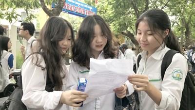 Công bố điểm thi lớp 10 Hà Nội: Hơn 80% thí sinh trên trung bình môn Toán, Văn