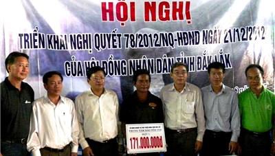 Đắk Lắk trao 171 triệu đồng hỗ trợ voi nhà sinh sản