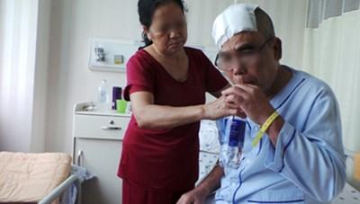 Đặt điện cực kích thích não sâu cho bệnh nhân Parkinson