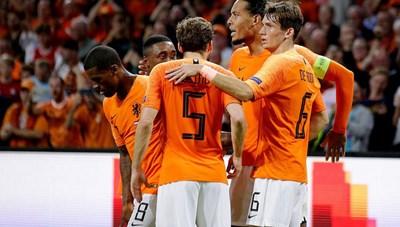 Đội tuyển Đức đại bại trên sân Hà Lan