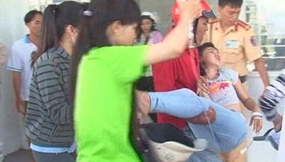 Hàng trăm công nhân ở An Giang nhập viện nghi do ngộ độc thực phẩm