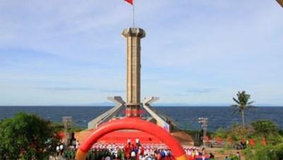 Khánh thành cột cờ Tổ quốc tại huyện đảo Cồn Cỏ