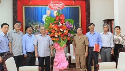 Lãnh đạo tỉnh Kon Tum thăm và chúc mừng ngày thành lập Mặt trận Dân tộc thống nhất