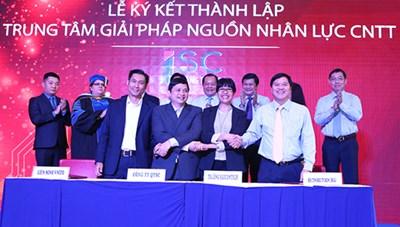Lập Trung tâm giải pháp nguồn nhân lực CNTT Quang Trung