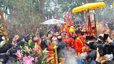Lễ hội truyền thống đền Trần tháng 8 năm Mậu Tuất