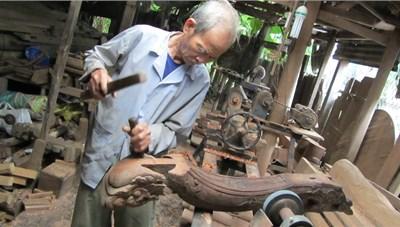 Người gắn cuộc đời với nhà rường xứ Huế