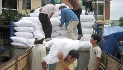 Phân bổ thêm 1.000 tấn gạo  hỗ trợ ngư dân Quảng Bình