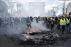 Pháp tiếp tục cấm phong trào 'áo vàng'hoạt động tại đại lộ Champs-Elysees