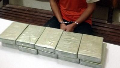 Bắt 2 đối tượng vận chuyển heroin tại huyện Sốp Cộp