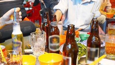 Sử dụng rượu bia: Nguy cơ mắc ung thư cao