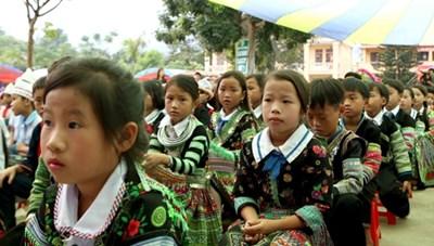 Tăng cường dạy tiếng Việt cho học sinh tiểu học vùngdân tộc thiểu số