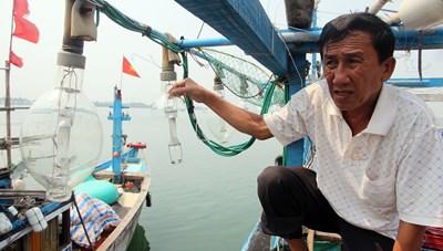 Tàu cá lại bị tàu lạ đâm ở vùng biển Hoàng Sa