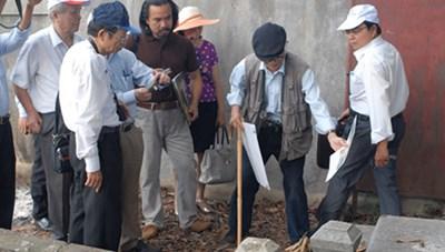 Thăm dò khu vực nghi có dấu tích lăng mộ vua Quang Trung