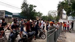 Thanh Hóa: Doanh nghiệp đã dỡ bỏ rào chắn chặn đường ra biển