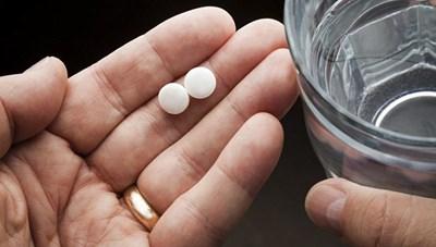 Thuốc giảm đau thông dụng làm tăng nguy cơ đau tim và đột quỵ