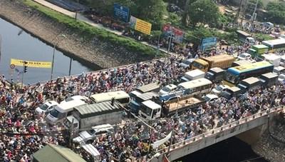 Từ 5/6: Hà Nội cấm ô tô một chiều trên cầu Yên Hoà giờ cao điểm