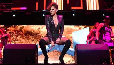 [VIDEO] Jennifer Lopez tập nhảy gợi cảm cho bộ phim mới