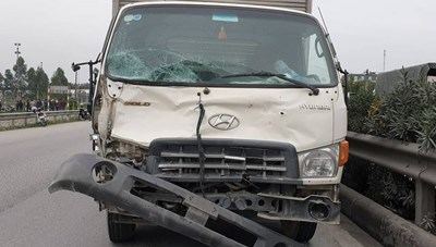 Vụ xe tải tông 8 người chết: Tước giấy phép kinh doanh hãng xe
