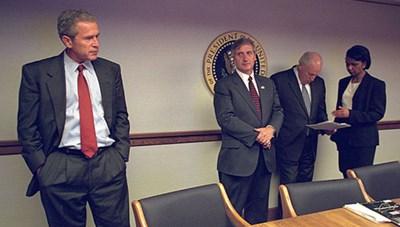 Công bố loạt ảnh bên trong Nhà Trắng sau vụ khủng bố 11-9
