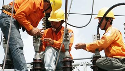 Thay đổi cách tính giá điện để giảm gánh nặng cho dân