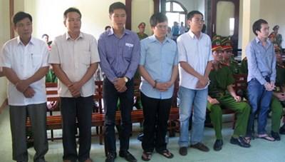Xét xử sơ thẩm lần 2 vụ công an đánh chết nghi phạm tại Phú Yên: Làm rõ các hành vi dùng nhục hình