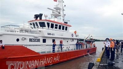 Vụ tàu hàng va chạm tàu cá: Bàn giao thi thể thuyền viên cho gia đình