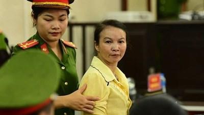 Hoãn phiên tòa phúc thẩm  đối với mẹ nữ sinh giao gà