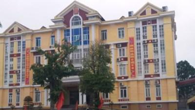 Thanh Hóa: Phó Chủ tịch huyện đánh bạc tại công sở