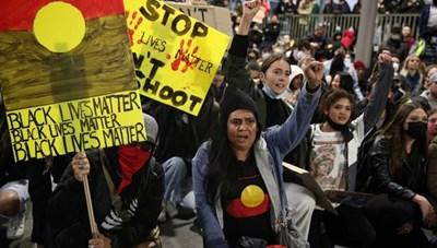 Australia: Hàng nghìn người biểu tình bất chấp cảnh báo của Thủ tướng
