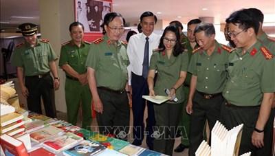 Đà nẵng: Khai mạc Triển lãm 75 năm Công an nhân dân