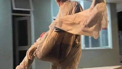Nữ y sĩ ngất xỉu trong khu cách ly có hai ca dương tính SARS-CoV-2