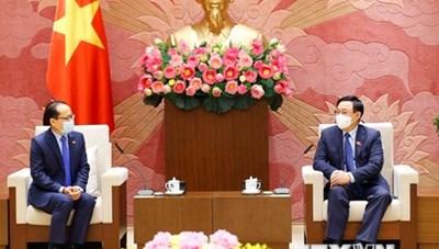 Việt Nam dành ưu tiên cao cho việc tăng cường quan hệ với Campuchia