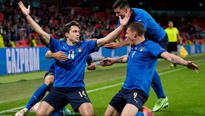 EURO 2020: Thắng Áo khó khăn, tuyển Ý vất vả đi tiếp