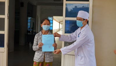 Bệnh nhân 621 ở Quảng Ngãi được công bố khỏi bệnh