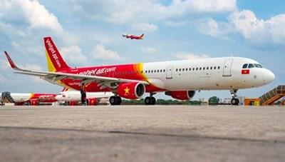 Vietjet 'bắt tay' Vinpearl giảm 50% giá vé máy bay và khách sạn