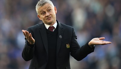 HLV Solskjaer nhận lỗi khi MU thua 'muối mặt' Leicester