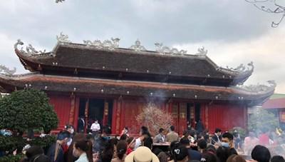 Nghệ An: Người dân nêu cao ý thức phòng chống dịch Covid-19 ở những nơi tập trung đông người