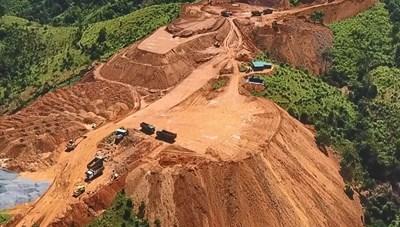 Công ty CP Điện gió Khe Sanh: Ồ ạt bạt rừng, thi công khi chưa đủ điều kiện