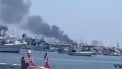 Nổ lớn trên tàu thương mại neo đậu tại cảng Latakia của Syria