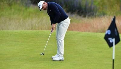 Mẹo đơn giản giúp golfer thực hiện cú putt đưa bóng vào hố chính xác