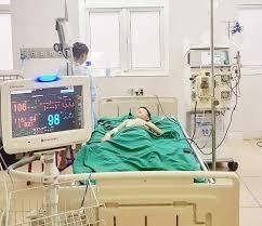 Cứu sống bé sơ sinh mắc Covid-19 nặng kèm viêm ruột hoại tử