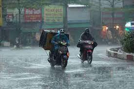 Dự báo thời tiết ngày 21/9: Trung Bộ và Tây Nguyên đề phòng mưa đá và gió giật mạnh