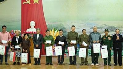 Đề xuất nâng mức chi tặng quà, hỗ trợ do Ủy ban MTTQ Việt Nam thực hiện