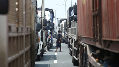 'Hỏa tốc' tạo thuận lợi cho vận chuyển hàng hóa trước tình hình dịch Covid-19