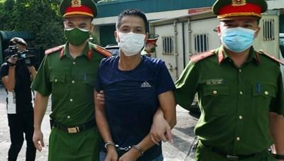Hà Nội: Nhận án tù vì tấn công cán bộ tại chốt kiểm dịch