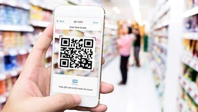 Hà Nội: Siêu thị, cửa hàng tiện lợi tăng cường khai báo y tế bằng mã QR code