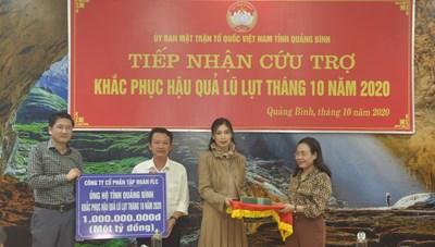 Mặt trận tỉnh Quảng Bình tiếp nhận 4 tỷ đồng ủng hộ lũ lụt
