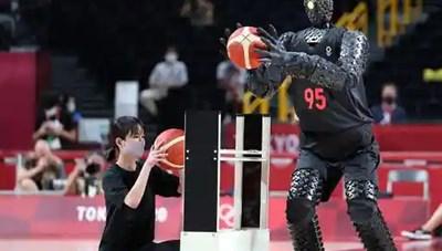 Robot ném bóng rổ siêu đỉnh tại Olympic 2020 làm kinh ngạc người xem